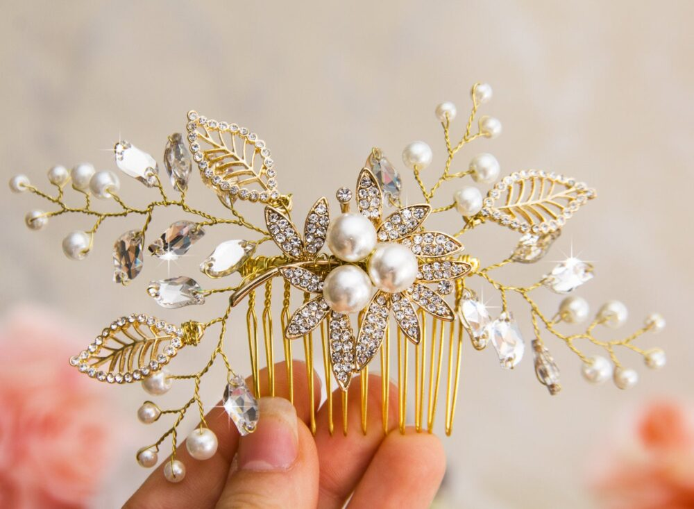 Decorative Gold Wedding Hair Comb, Crystal & Pearl Comb For Wedding, Bridal Accessories, Jewelry
