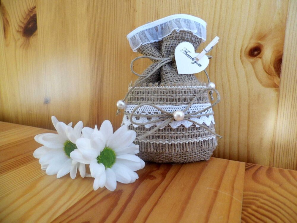 Wedding Favor Bags, Burlap Rustic Favor, Country Wedding, Lace Barn Decor, Set Of 50, Free Shipping