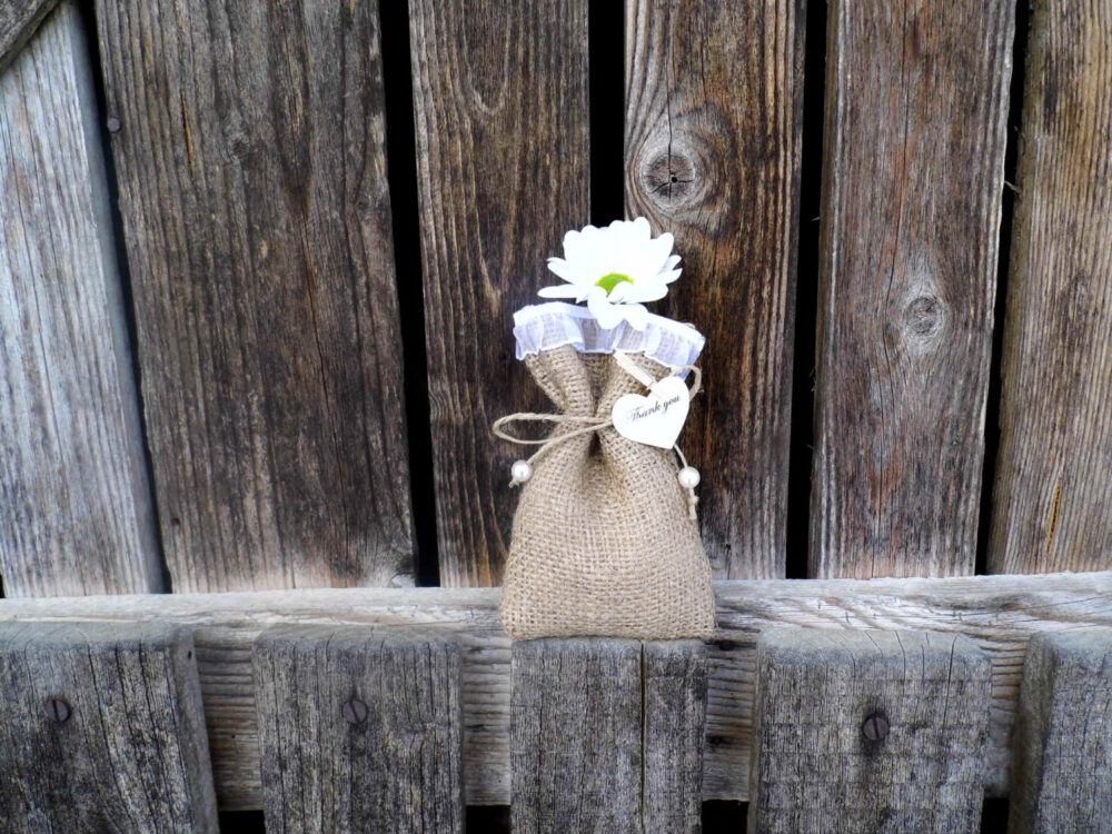 Burlap Wedding Favor Bags, Rustic Vintage Wedding, Shabby Chic Style, Set Of 50 Burlap Decor