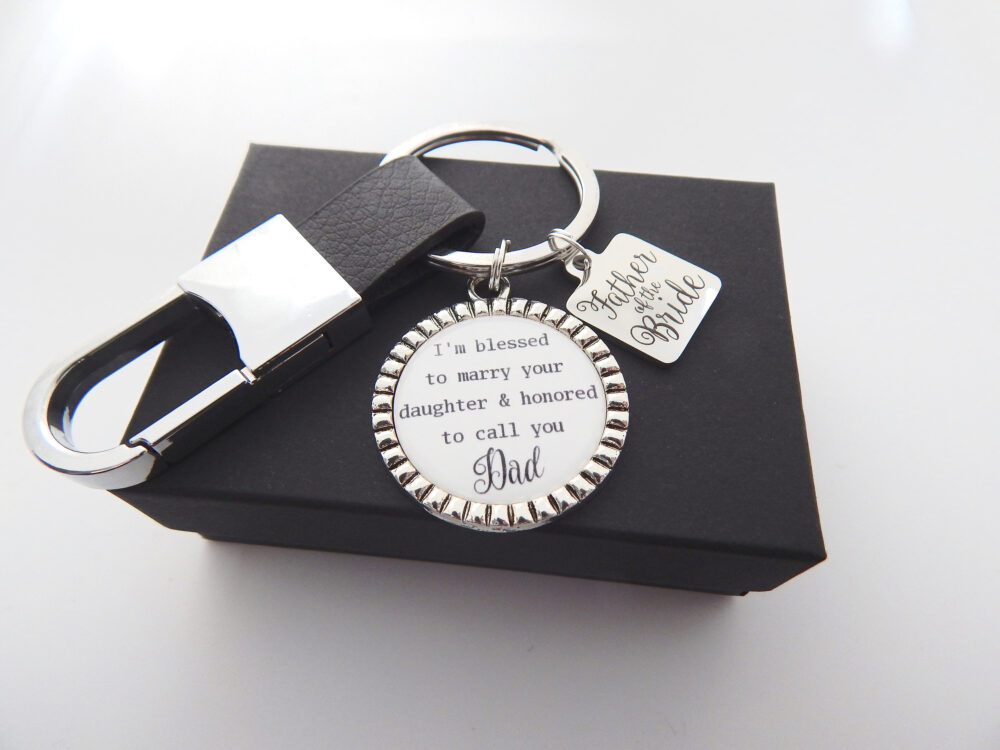 Wedding Day Gift For Dad-Dad Keychain-Father in Law Gift From Groom-Father Of The Bride Groom-Gift Son Law-Leather