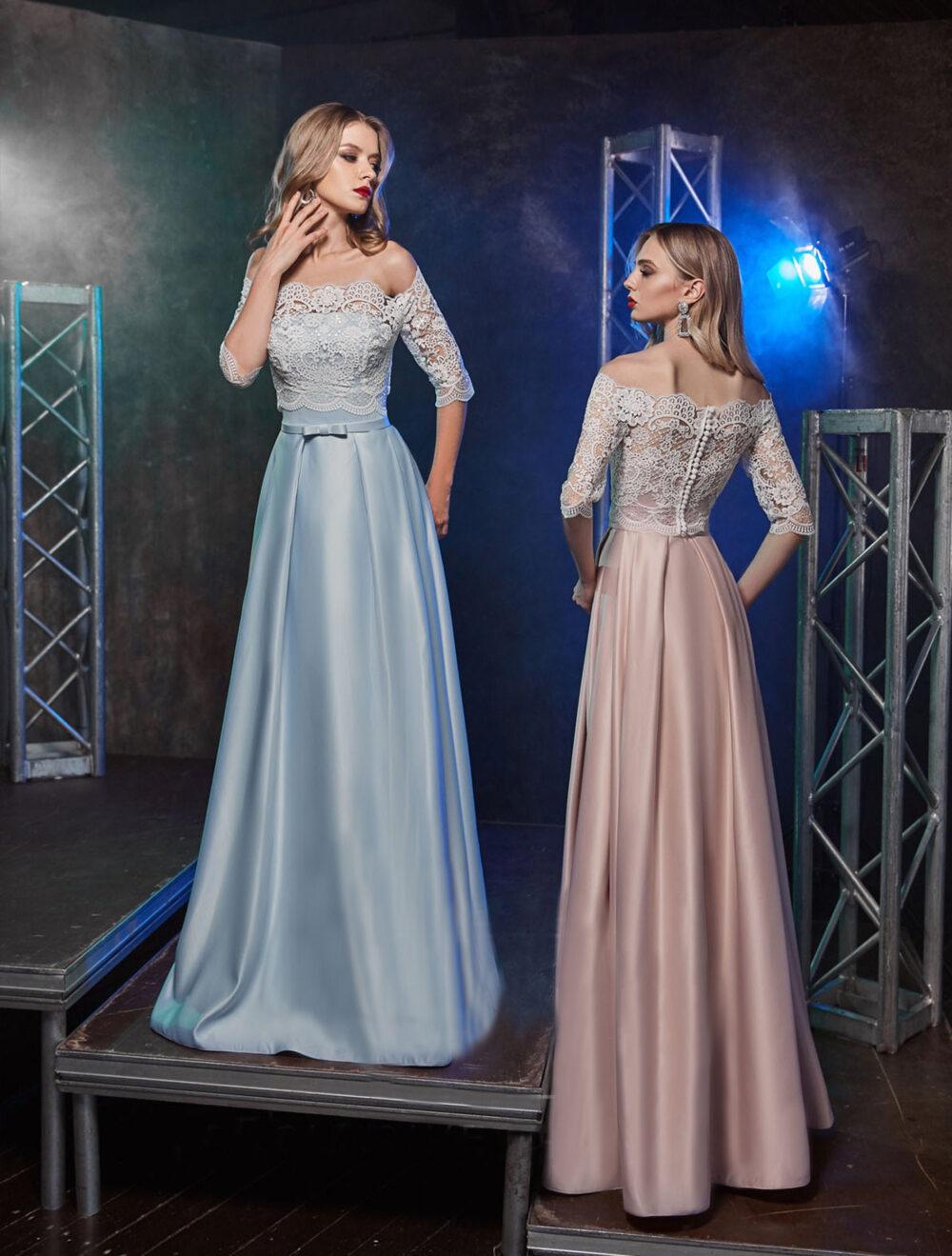 A-Line Women Formal Dress, Bridesmaid Evening Illusion Tulle Prom V-Neck Backless Chiffon Dress