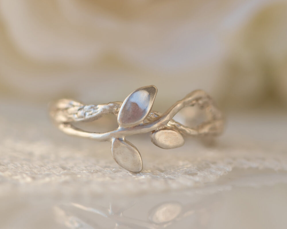 Nature Inspired Ring, Leaves Wedding Gold Leaf Branch Wreath Twig Band, Vine Ring