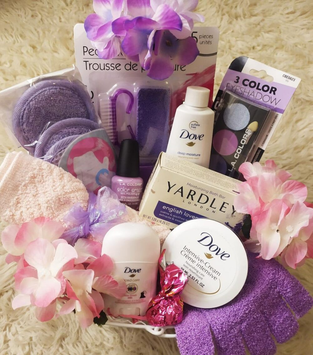 Mother's Day Mom Grandma Yardley Lavender Soap Dove Bath Body Wash Lotion Manicure Pedicure Spa Chocolate Truffle Gift Basket For Her