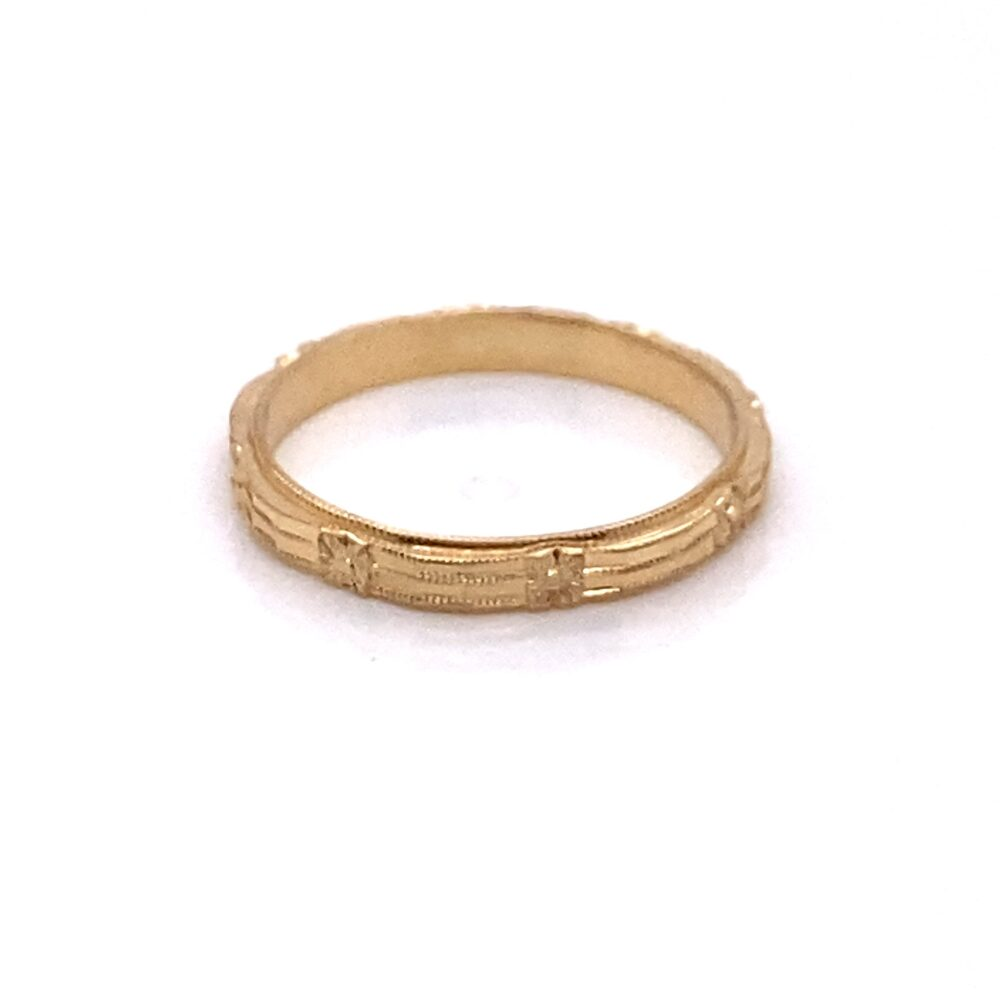 Vintage 1940's 14K Yellow Gold Engraved Flowers Band
