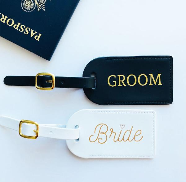 Luggage Tag, Wedding Favor Tags, Bridesmaid Gift, His Her Tag Favors, Wedding Mr & Mrs Luggage
