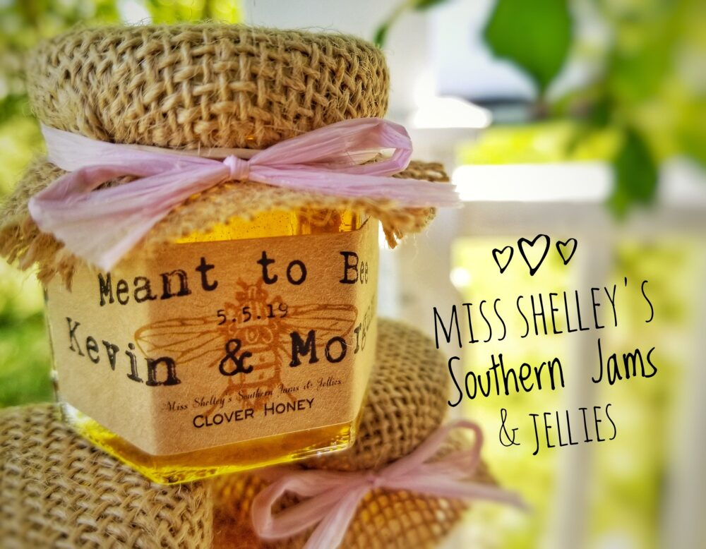 75 | 1.5Oz Honey Wedding Favors With Mini Dippers, Rustic Burlap Jar Favors, Personalized Fall Edible Shower