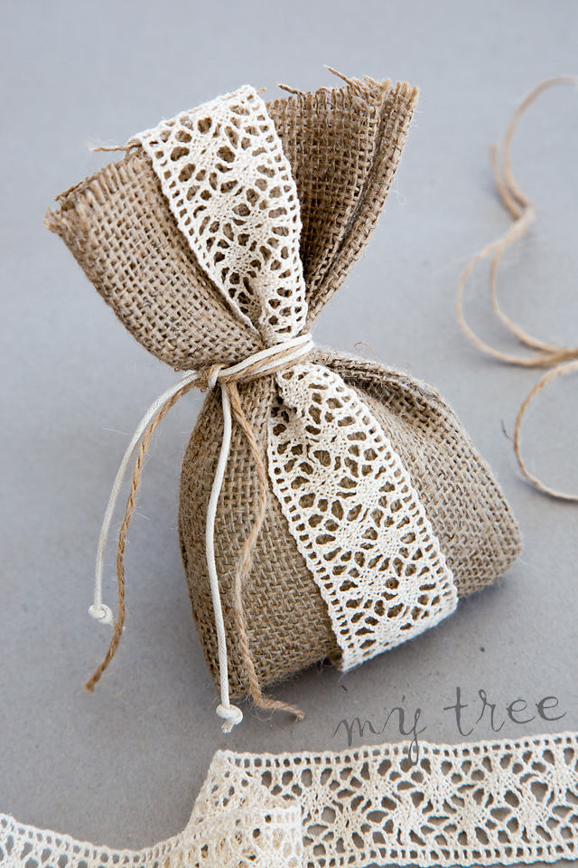 Burlap Wedding Favor Gift Bag Rustic Bomboniera Lace Vintage Μπομπονιέρα Γάμου