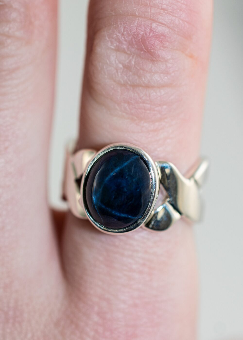 Star Sapphire Infinity Band Ring // Sterling Silver Statement Stone Village Silversmith