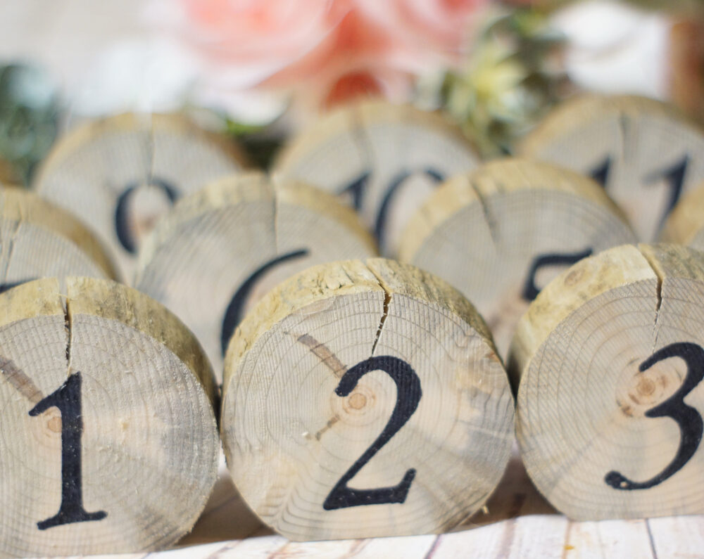 Log Slice Table Numbers, Rustic Wedding, Wooden Boho Woodland, Reception Decor, Country Barn Ideas, Reclaimed Wood, Bridal Shower