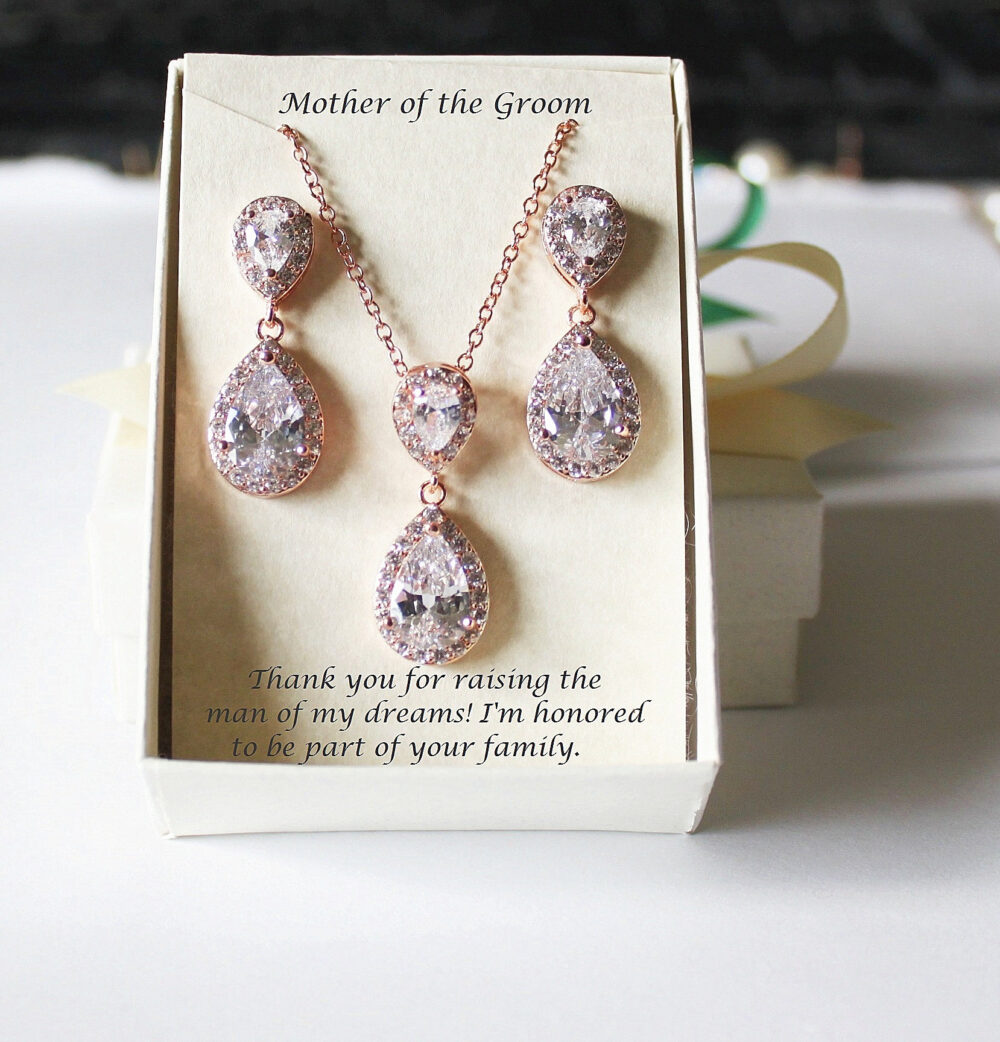 Personalized Mother Of The Groom Wedding Gift Set- Bride Mothers Wedding - Bridal Party Jewelry- Custom