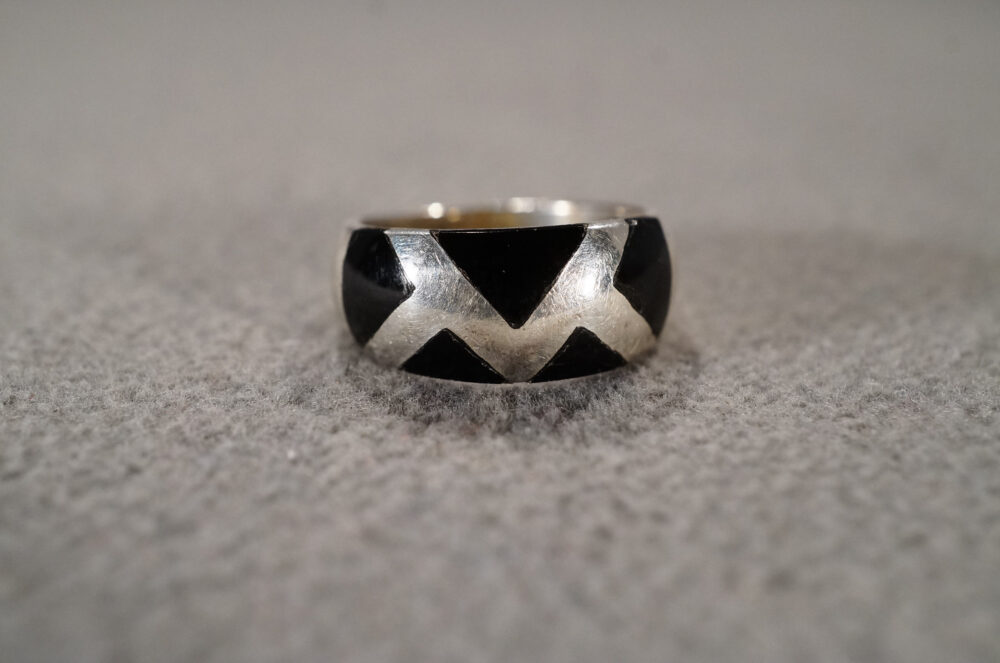 Vintage Sterling Silver Wedding Band Stacker Design Ring 5 Trillion Triangle Bezel Set Black Onyx Dome Smooth Setting Art Deco Style Size 6