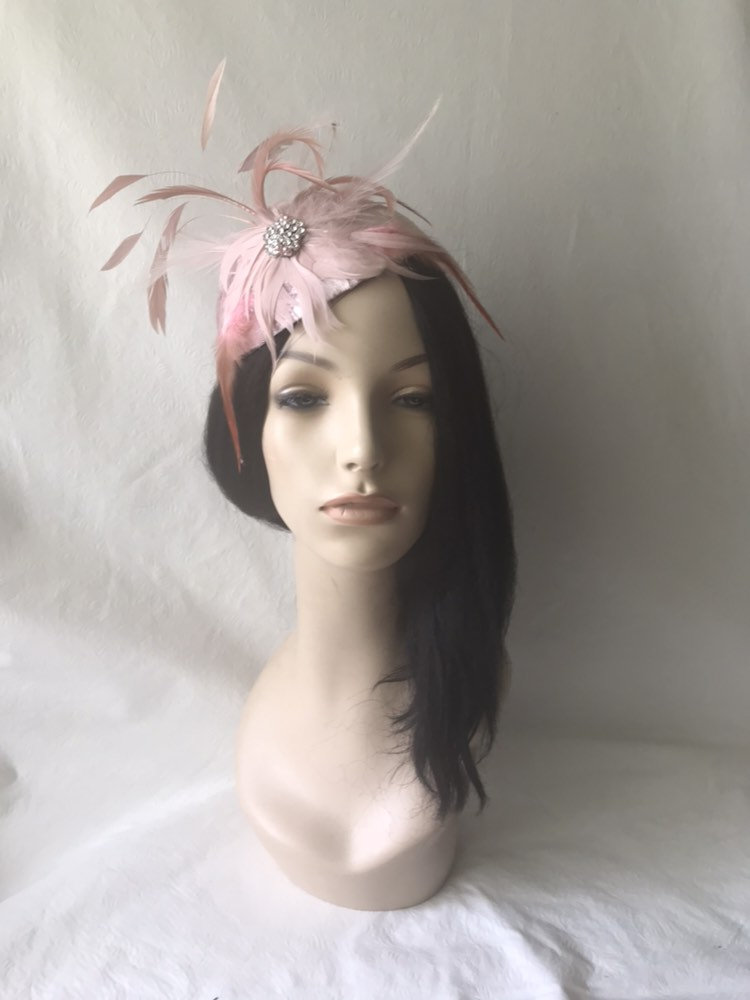 Pale Blush Pink Velvet Feather Wedding Pillbox Fascinator Hat, Mother Of The Bride Fancy Derby Tea Party Gift For Her, Church Hat
