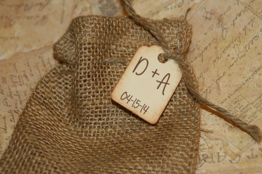 200 Burlap Bags Wedding Favors With Personalized Tag - Rustic Birdseed