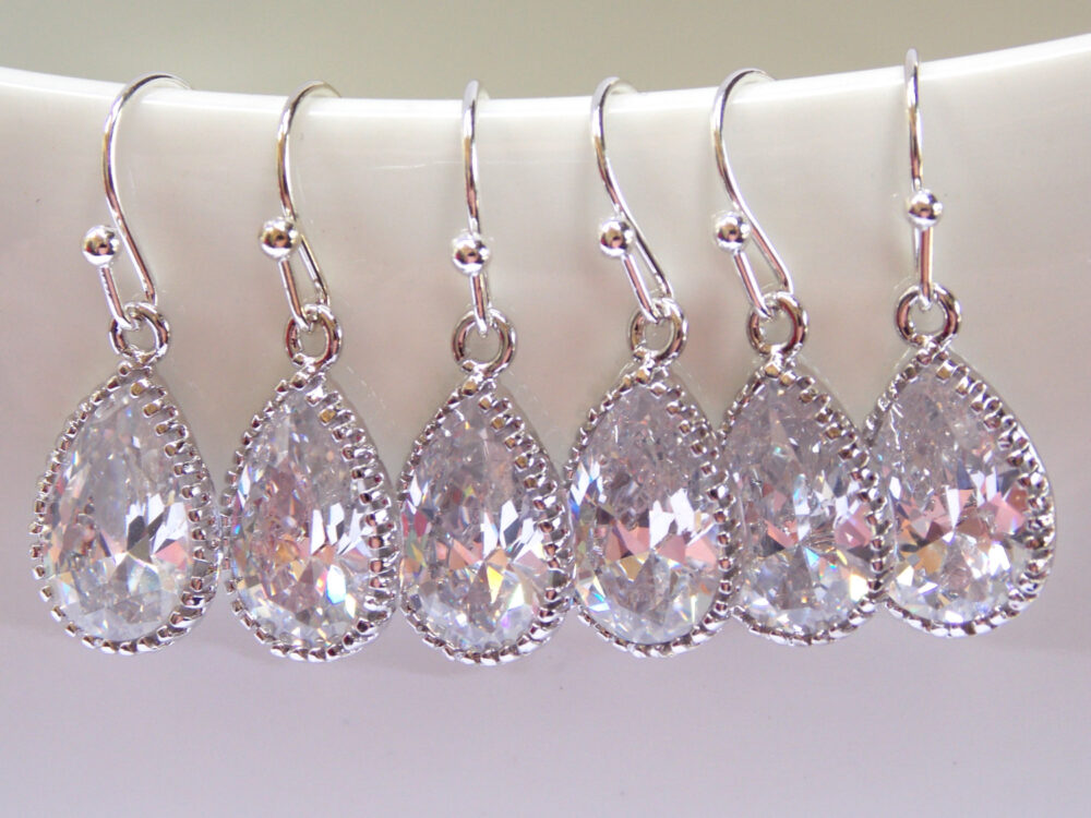 Bridesmaid Jewelry, Silver, Crystal, Clear, Bridal Earrings, Bride Wedding Gifts, Dangle, Gift