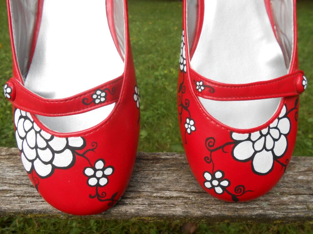 Red Bridal Flats, Hand Painted. Size 8. Black & White Flowers. Wedding Accessories, Shoes