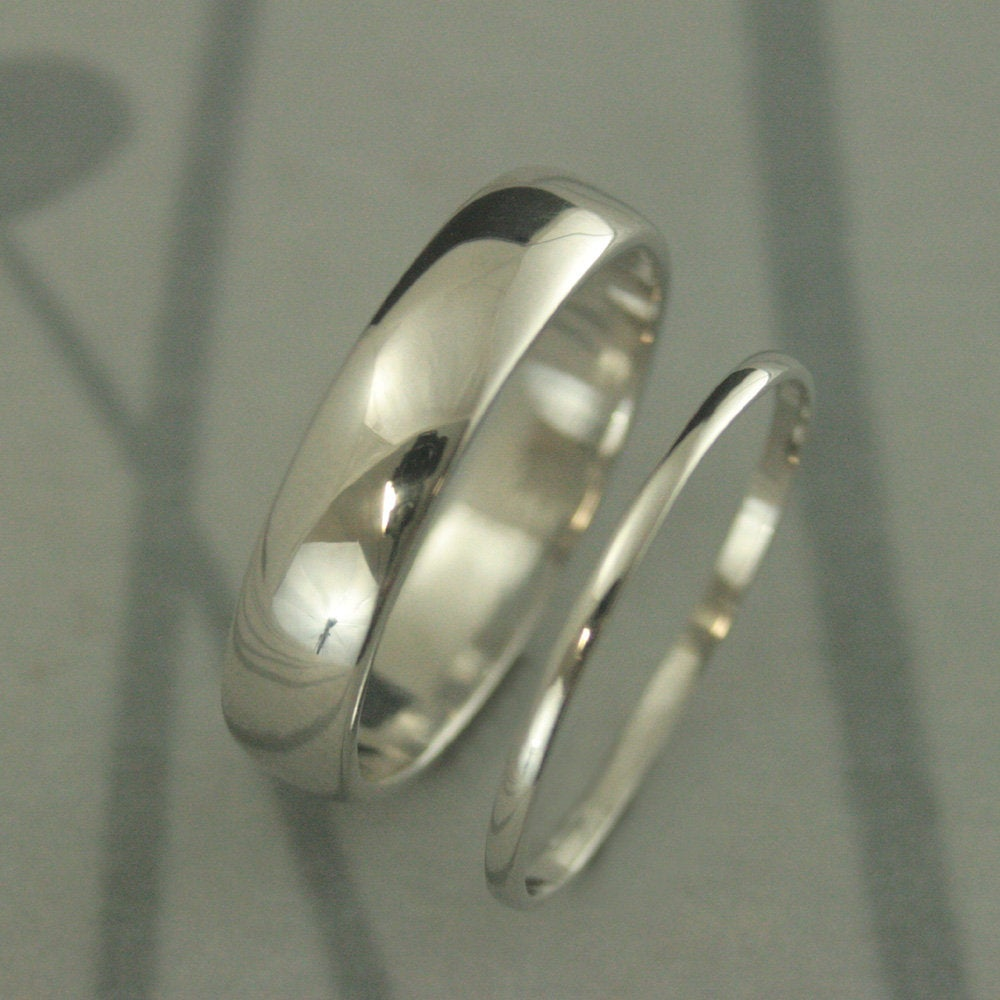 Platinum Wedding Set His & Hers Rings 5mm 1.5mm Ring Band Half Round Bands Traditional
