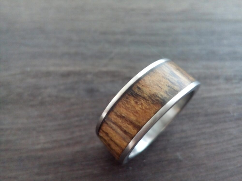 Personalized Jewelry, Titanium Band, Mens Wedding Bocote Wood, 8mm, Band For Men, Wood Engagement Ring, Wedding Bands His & Hers