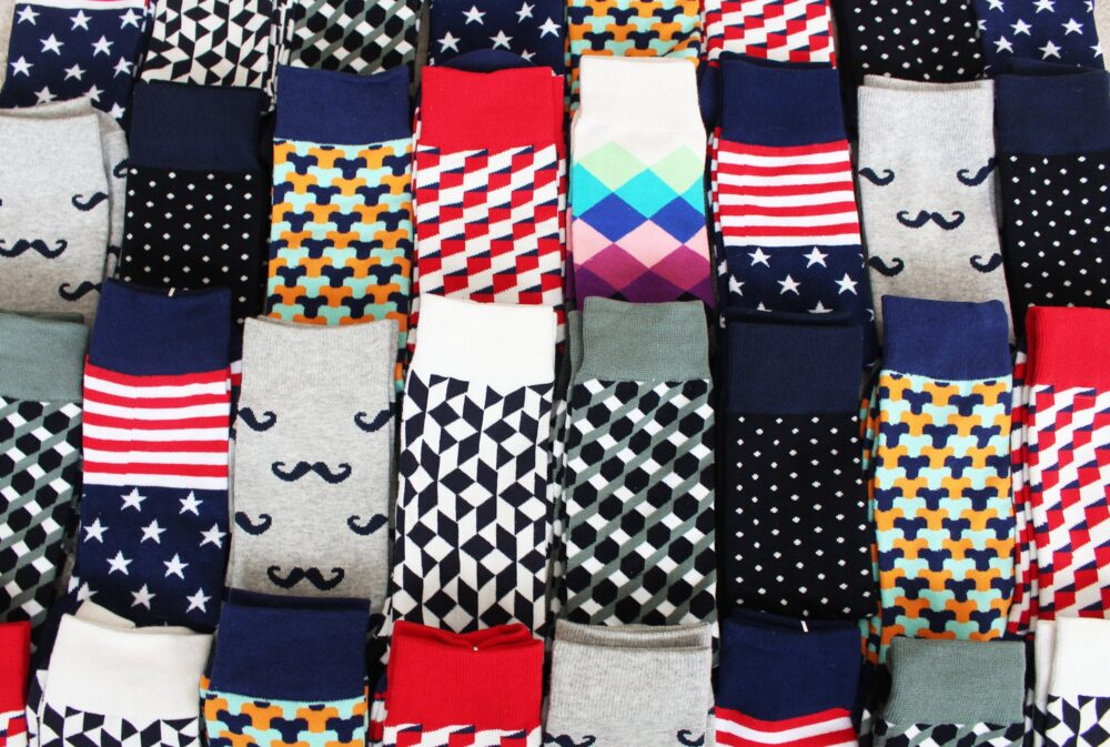 Personalized Men's Socks Makes Perfect Gift   16 Colors & Designs Groomsman, Wedding, Bachelor Ideas