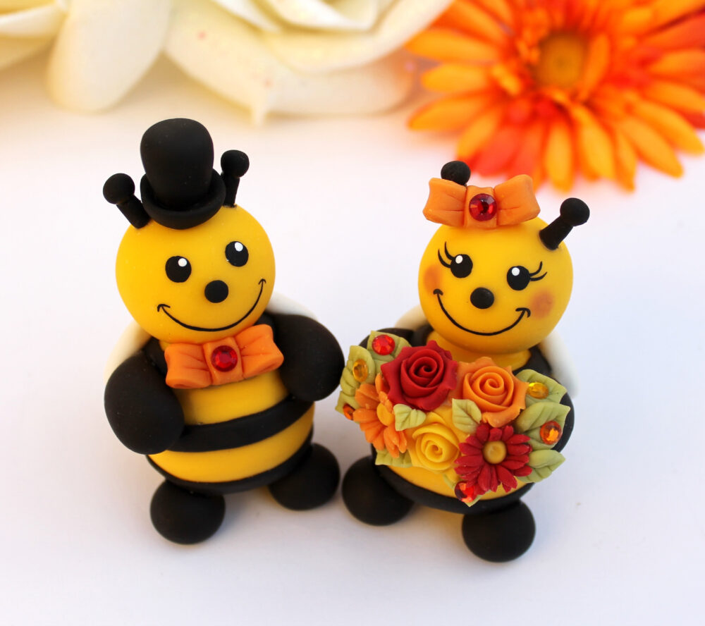Bee Wedding Cake Topper, Personalized Bee Bride & Groom, Funny Cute Topper With Banner