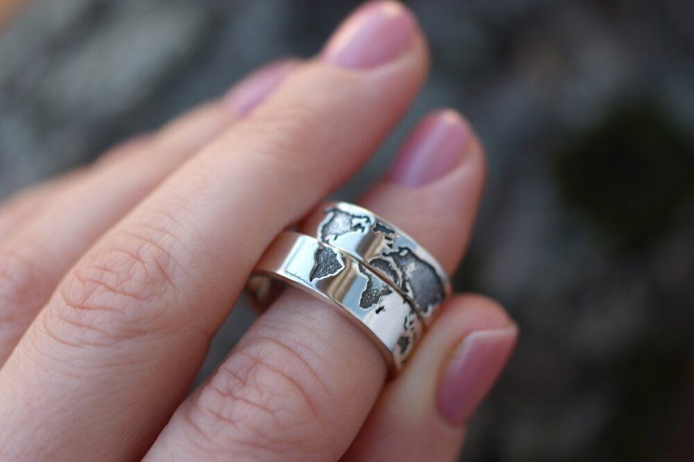 World Map Wedding Sterling Silver Bands, Paired Traveler Rings, Backpacker Serfer Continents, Man Woman Gift Jewelry, Geography