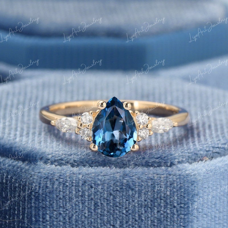 Pear London Blue Topaz Engagement Ring Yellow Gold Women Cluster Marquise Moissanite Bridal Aniversary Gift For Her