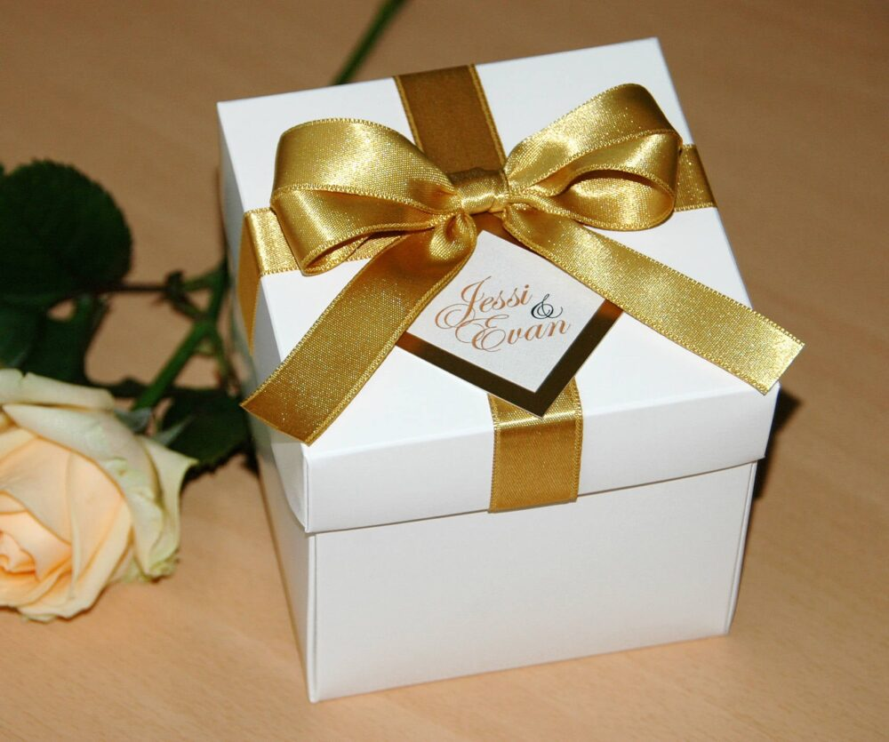 Gold Wedding Favor Boxes With Satin Ribbon, Bow & Tag, Weddings Favors Box Names, Personalized Favors Box, Wedding