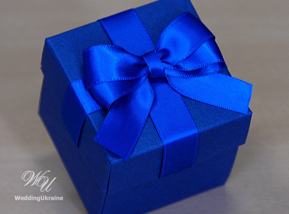 120 Tone-To Tone Wedding Favor Boxes. Chic Blue Wedding Bonbonniere With Satin Ribbon Bow. Elegant Candy Box For Guests