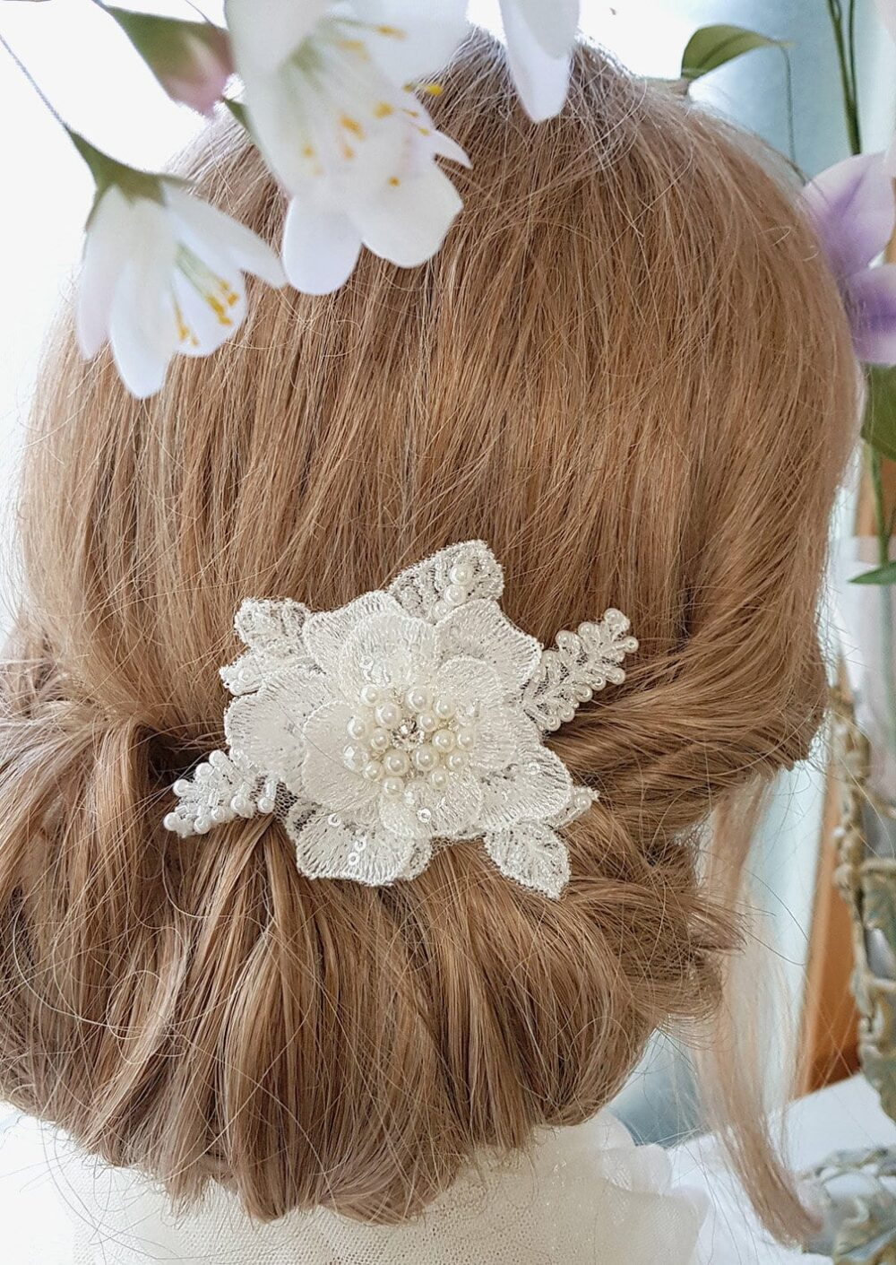 Lace Hair Comb, Bridal Headpiece, Lace Flower Wedding Comb