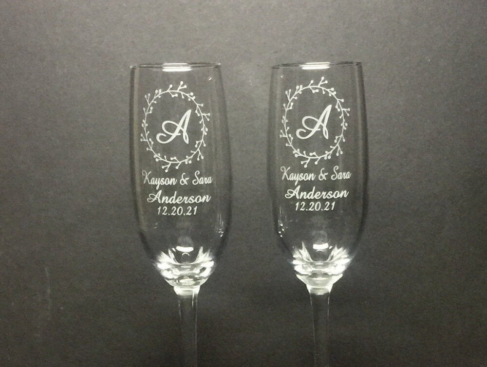 Set Of 2, Wifey Hubby Wedding Champagne Flutes, Personalized Flute Favors, Custom Bride Groom Glasses, Mr Mrs
