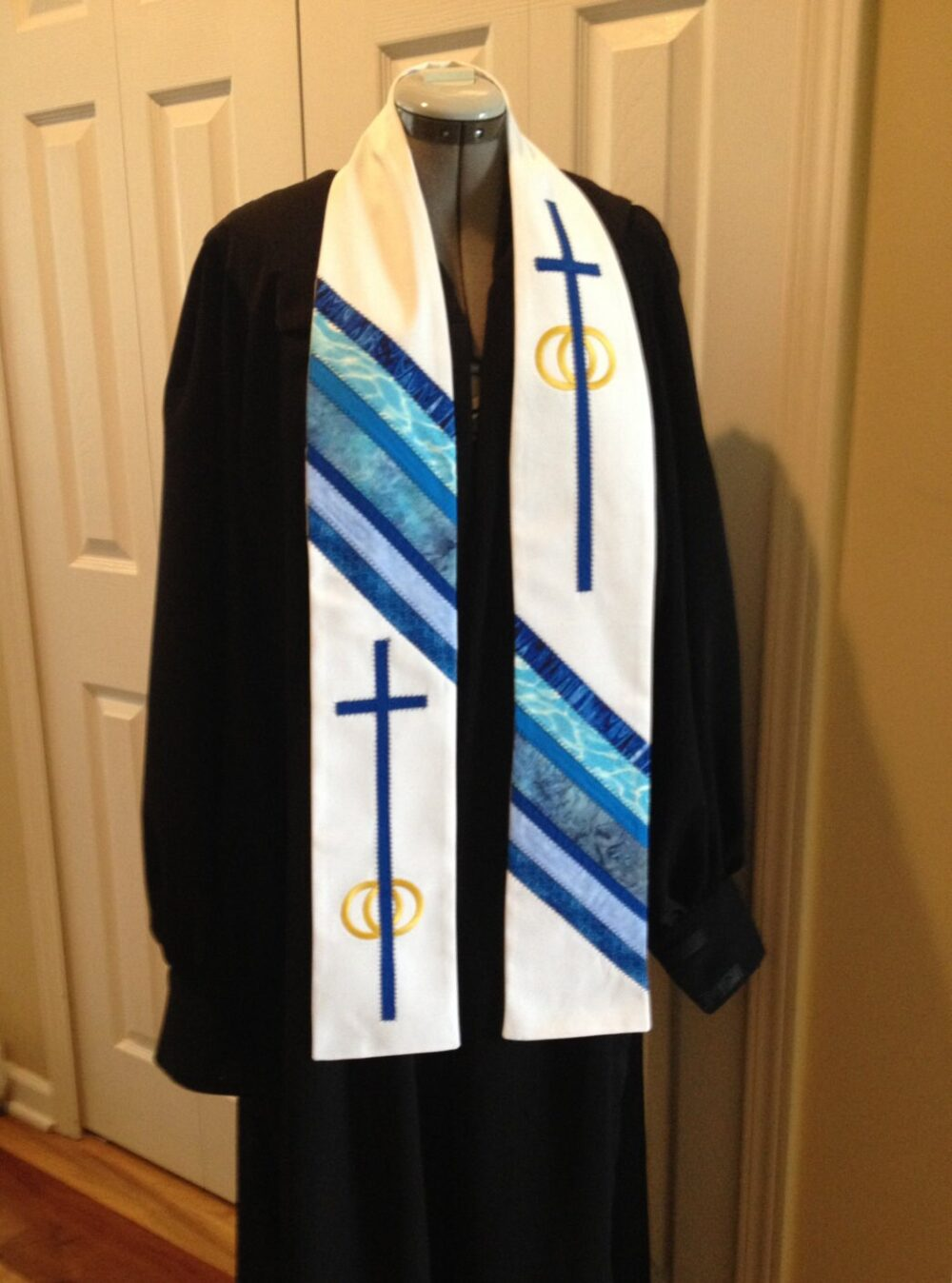 Wedding Officiant Clergy Stole With Blue Design, Cross & Rings