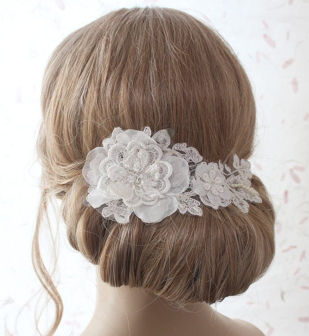 Ivory Lace Hair Comb, Bridal Headpiece, Flower Wedding Comb