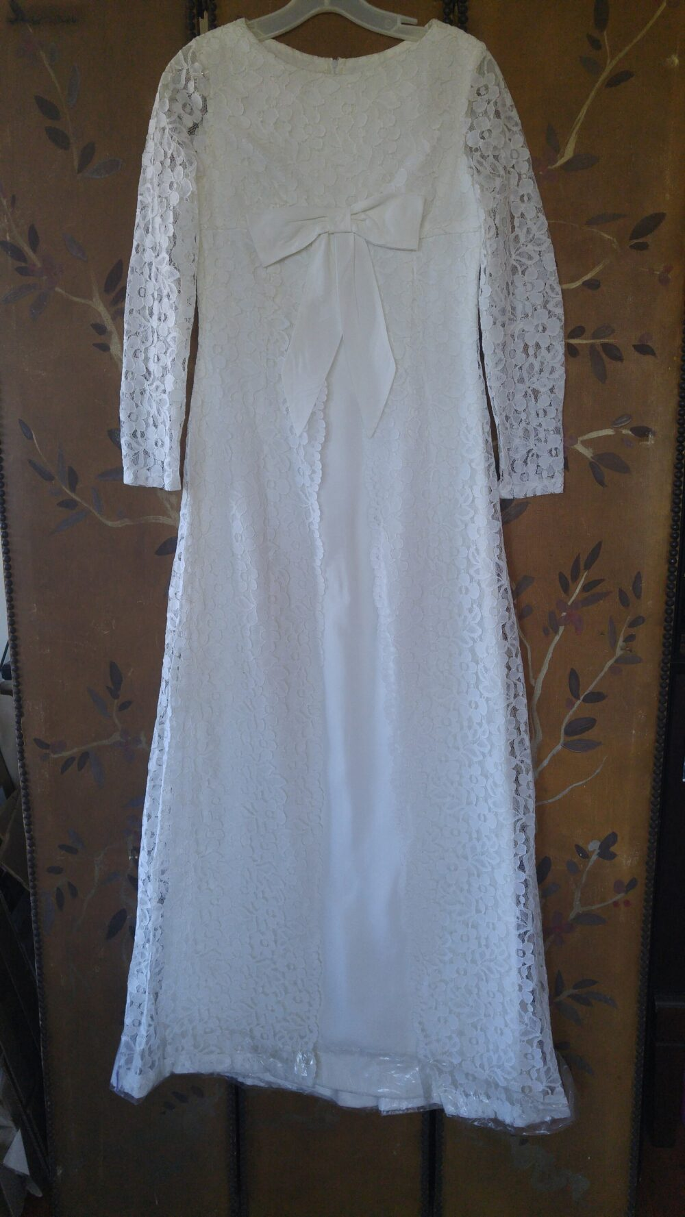 60's White Lace Maxi Length Wedding/Bridesmaid Dress With Large Ribbon Bow At Front, Never Worn
