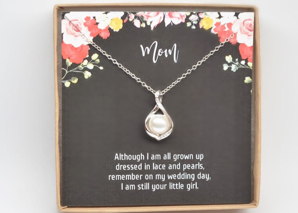 Mother Of The Bride-Mother Groom-Wedding Necklace-Halo Pearl Pendant-Mother in Law Gift-Mother Wedding Gift-Gift For Mom-stepmom Gift