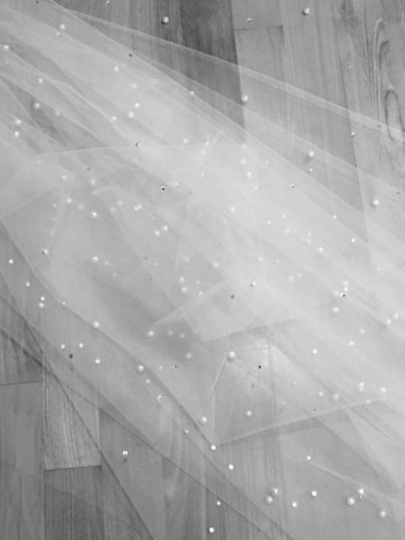 """Scattered Pearl Wedding Veil Cathedral 108"""" Dramatic Beaded Bridal Long Light Ivory 1 Tier With Comb Raw Edge Off White"""