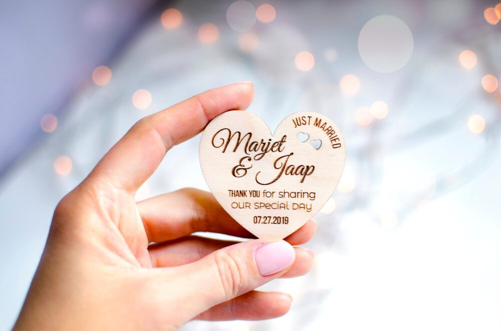 Wedding Favor Tags, Favors Magnet, Thank You Rustic Tags, Personalized Hearts Wood Tags, Wedding Gift Tags