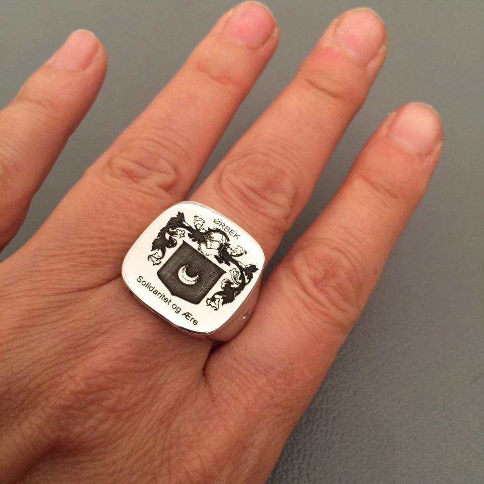 Mens Signet Ring, Crest Engraved Personalized Ring, Crest Square Rings, Pinky Family Ring