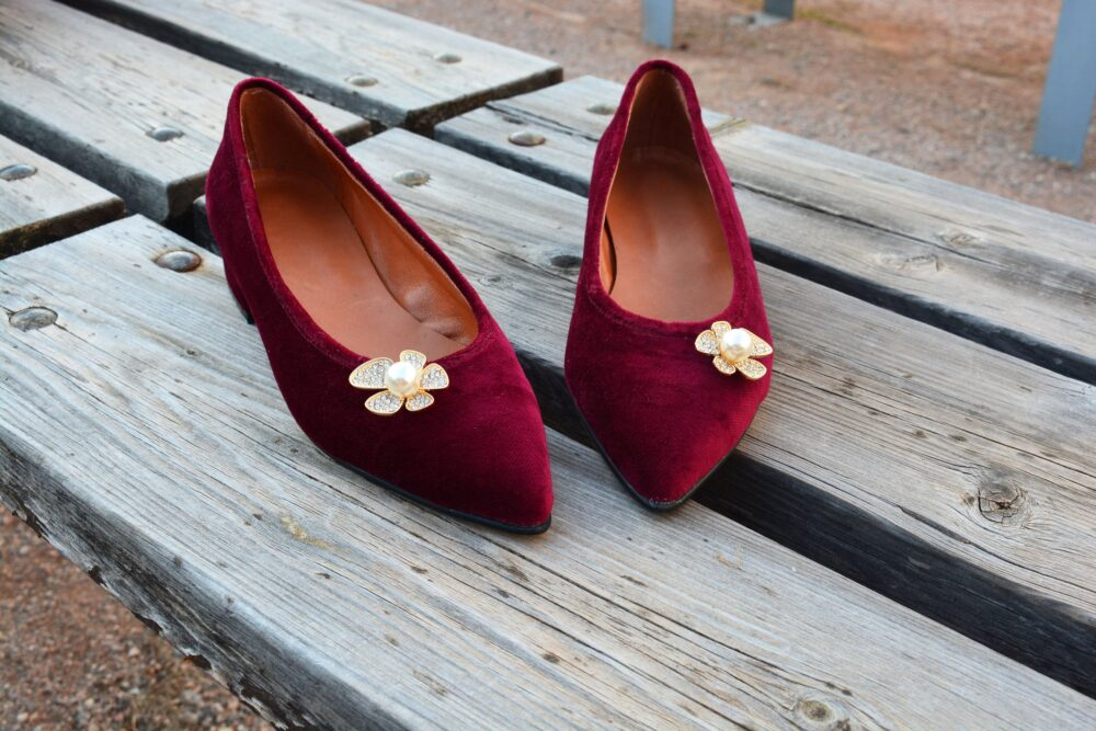 Dark Red Velvet Shoes, Low Wedding Shoes, Ballet Flats, Wine Leather Bridal Pointed Toe Flats, Christmas Gift