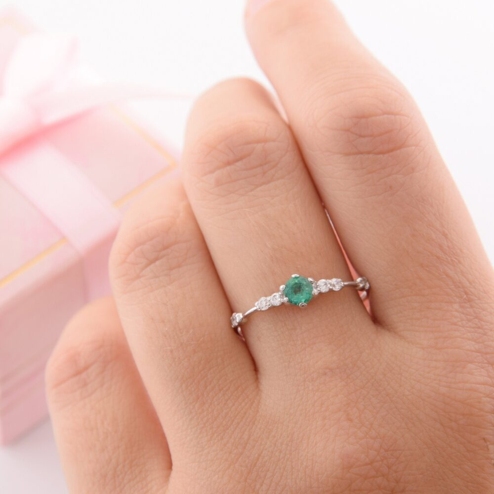 Unique Silver Emerald Promise Ring For Her, Womens Ring, Emerald Engagement Dainty