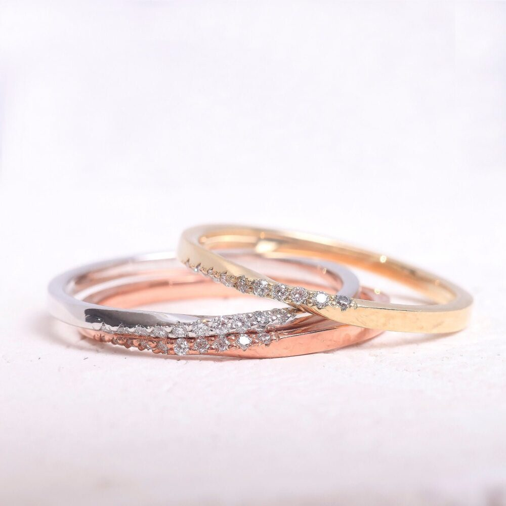 Infinity Wedding Gold Band/ Mobius Solid Ring/Diamond Slightly Twisted Band Ring Dainty Mother's Day Sale