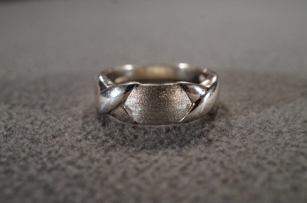Vintage Sterling Silver Wedding Band Stacker Design Ring Raised Etched Setting Art Deco Style, Size 9