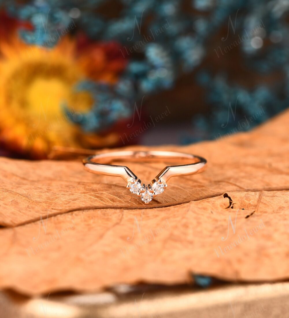 Curved Wedding Band For Women, Dainty Diamond Stacking Ring, Moissanite Matching Promise Anniversary Rose Gold Engagement Ring