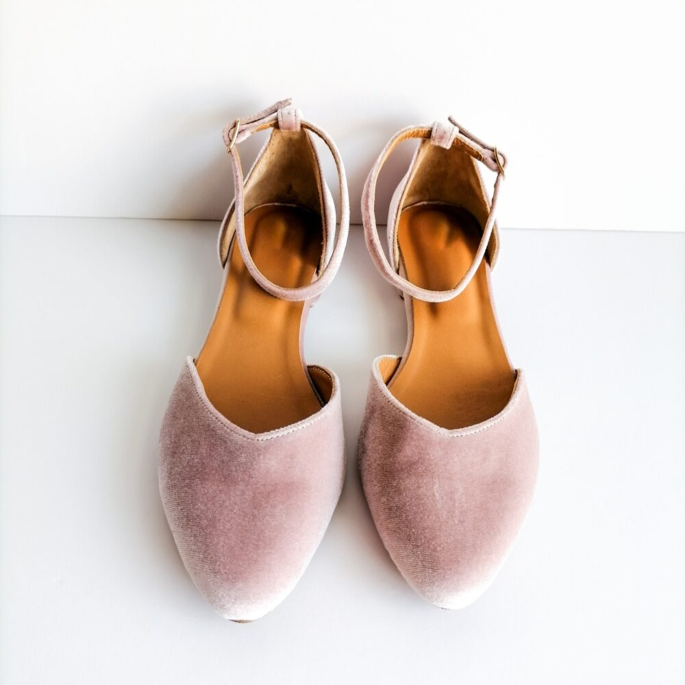 Blush Velvet Women Bridal Shoes, Dusty Rose Flats For Bride, Ballerinas Shoes With Ankle Strap, Pointy Toe Shoe, Women's Closed-Toe Sandals