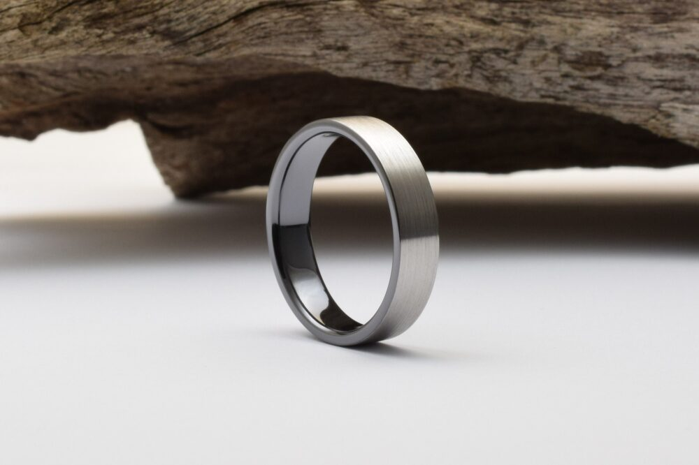 Wedding Bands Men, With A Black Interior & Brushed Finish, Mens Titanium Wedding Rings, Bague Homme, Band