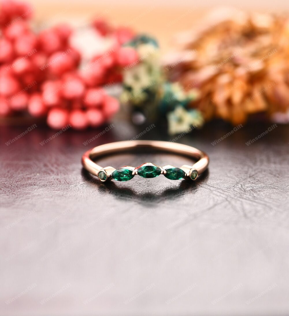 Curved Wedding Band, 14K Rose Gold Emerald Ring, Green Stone Matching Bridal Lovely Anniversary Ring