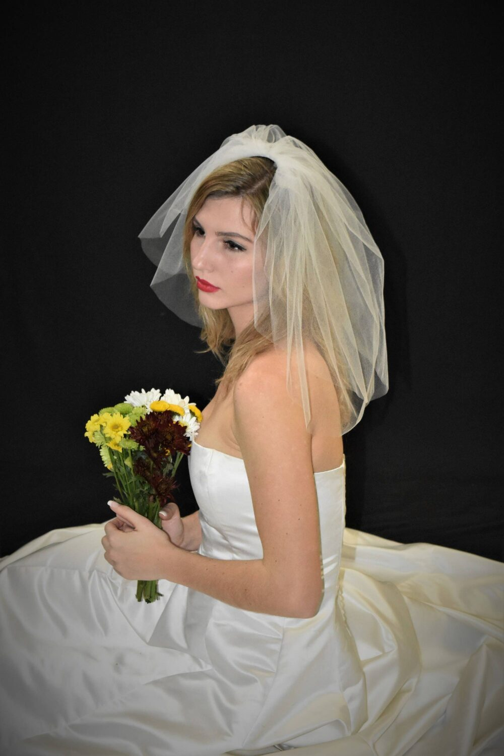 Blusher Veil | Short Shoulder Double Tier Flyaway With Cut Edge Two Small Wedding