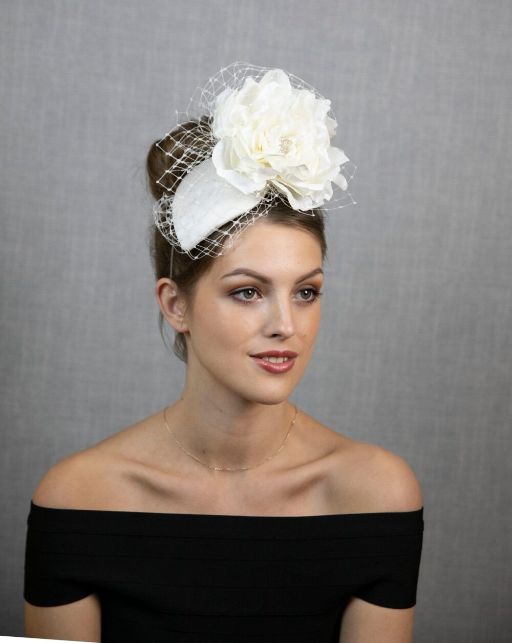 White Bridal Fascinator Hat. Wedding Hat With Face Veil
