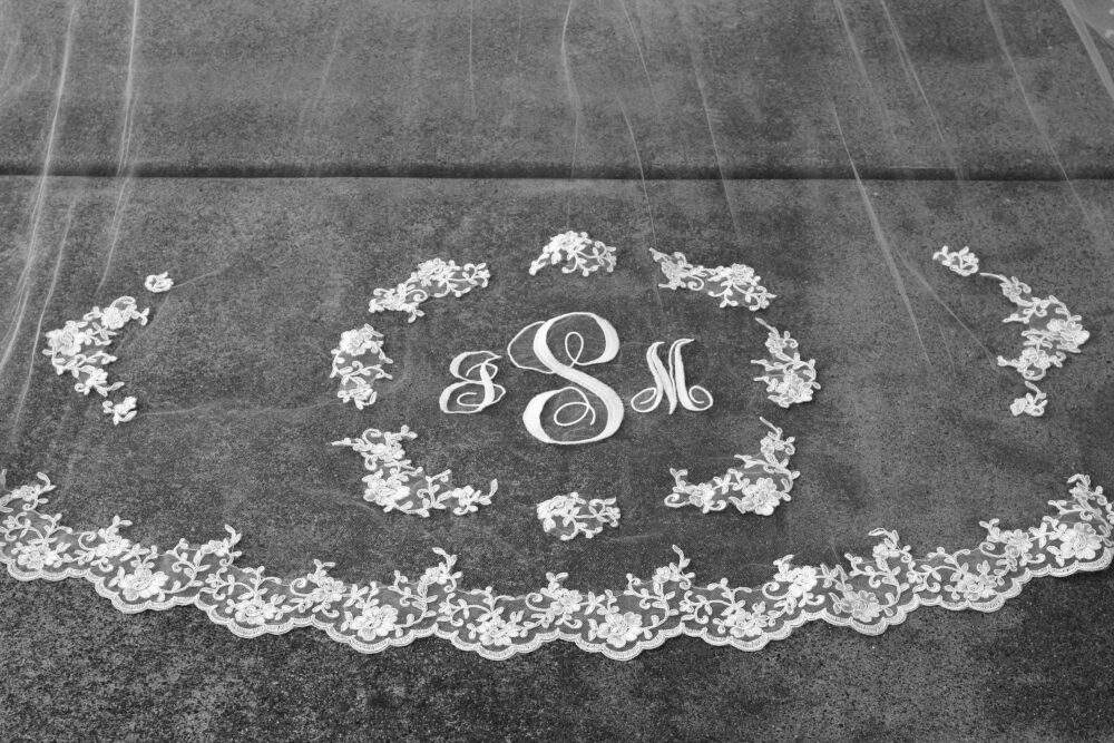 Custom Letter Monogrammed Cathedral Length Wedding Veil With Lace Cursive Initials Bridal 1 Tier Chapel White Ivory Long