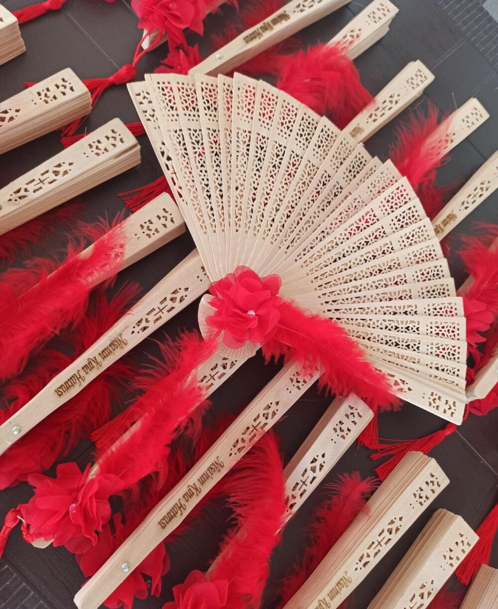 50 Pieces, Wooden Wedding Favor Fan, Natural Wood Fans, Hand Fan For Wedding Gift , Party Favor, Personalized Engraved Text