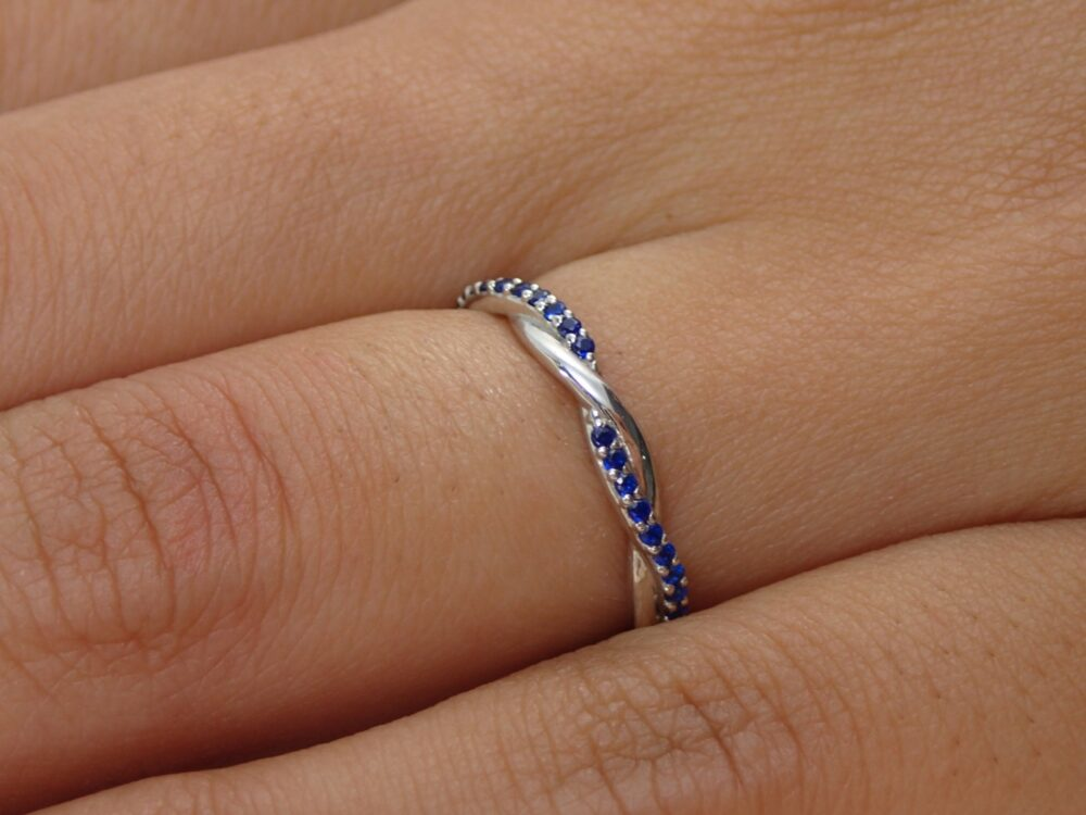 Blue Sapphire Infinity Wedding Ring/Band Knot Full Eternity in 14K Solid Gold