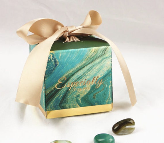 20Boxes Green Bronzing Wedding Favor Boxes, Gift Candy Chocolate Box, Optional Personalized Tag, Free Name Place Card B309
